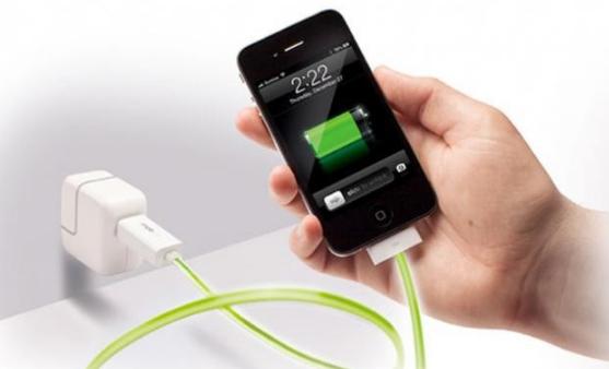 Apa Resiko Memakai Tegangan Tinggi Buat Charger Smartphone?