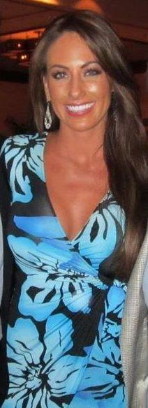Hottie Hollie Nude Photos 56
