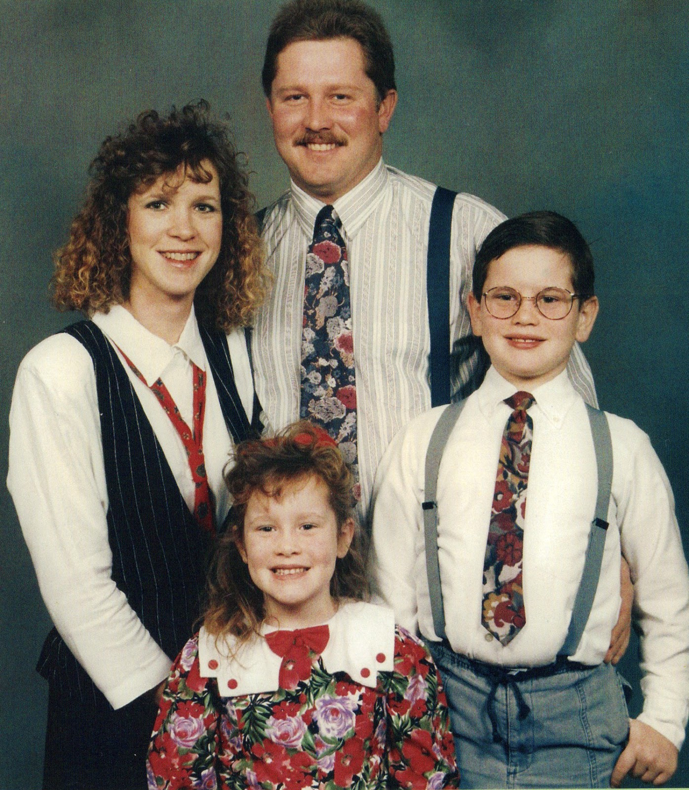 18 Awkward Family Studio Portraits Of The 1980S  Vintage -5702