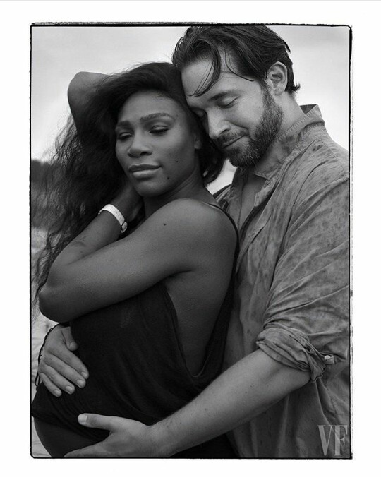Serena Williams pregnant and naked in hot maternity shoot
