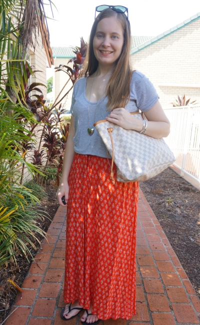 slouchy summer style grey tee red boho print maxi skirt Louis Vuitton neverfull MM | away from blue