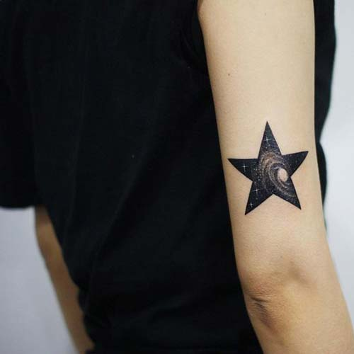 upper back arm galaxy star tattoo arka kol galaksili yıldız dövmesi