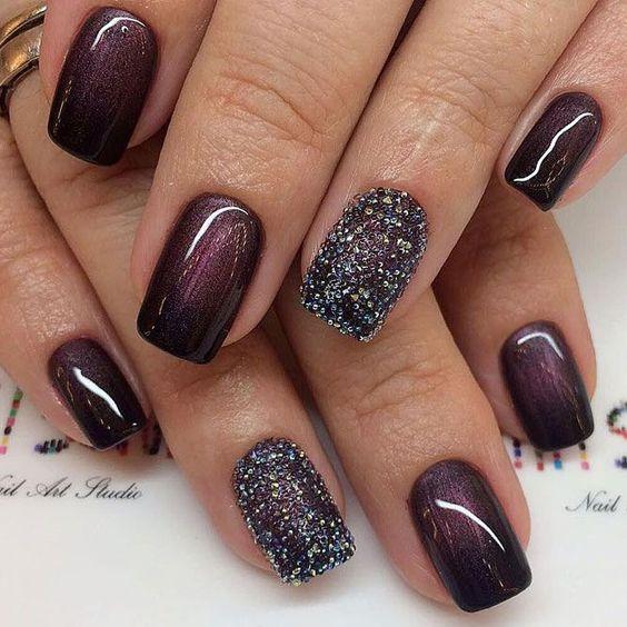 Glitter Winter Nail Designs