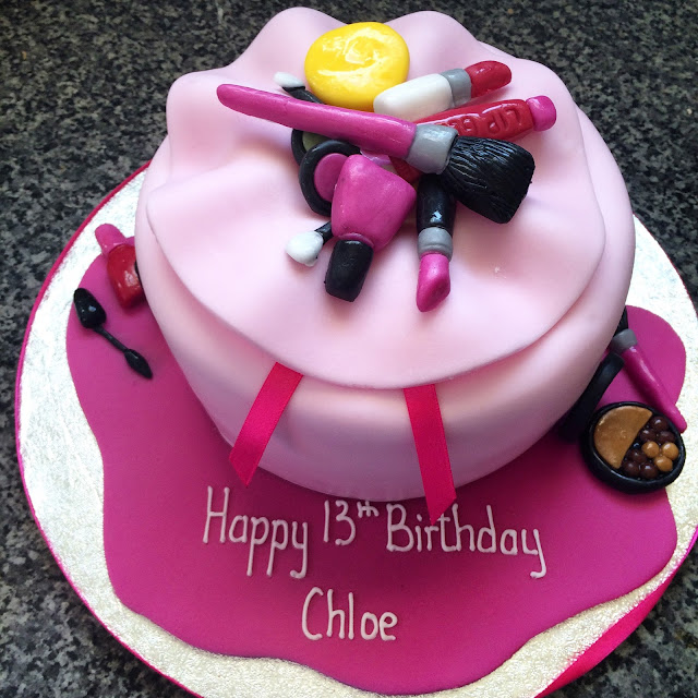 pink make up bag 13th birthday cake from Marks and Spencers