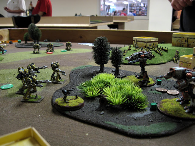 Lancers fance down the Warhounds.
