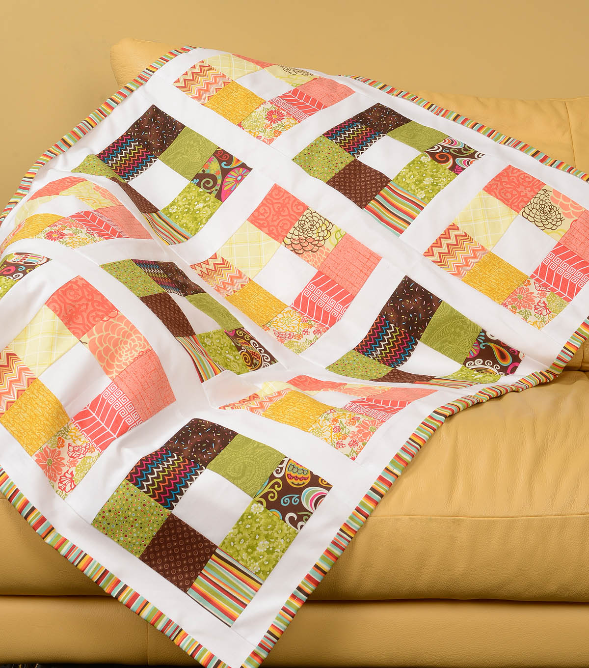 Simple Modern Quilt Patterns Free : Quilt Inspiration: Free pattern day: Easy Modern Quilts (1)