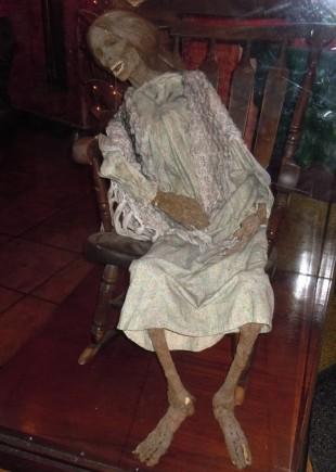 kisah wanita yang menyimpan mayat ibunya hingga bertahun tahun di rumah