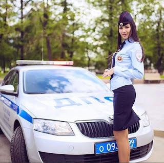 اجمل الشرطيات الروسيات فى حوار مع وكالة سيبوتنيك الروسيه