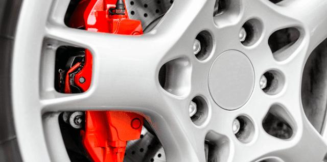 Comment vérifier l'usure des plaquettes de frein