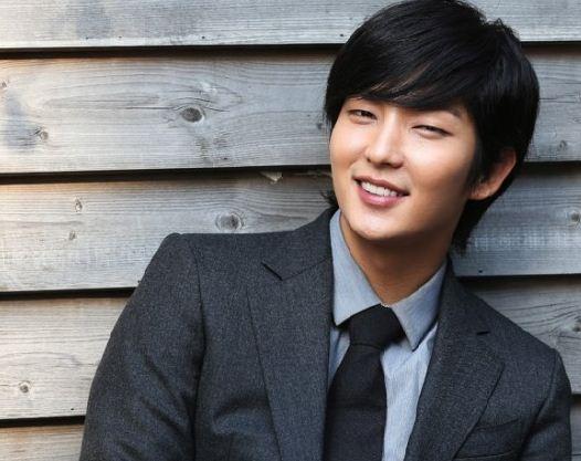 12 Fakta Lee Jun Ki 'Si Pria Metro Seksual Asia'