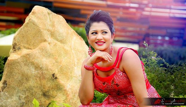 Hot Ruwangi Rathnayake and latest Ruwangi Rathnayake