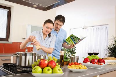 Hal dan kegiatan bersama pacar memang akan terasa makin menyenangkan dan menggembirakan t Hal Romantis Yang Bisa Dilakukan Bersama Pacar