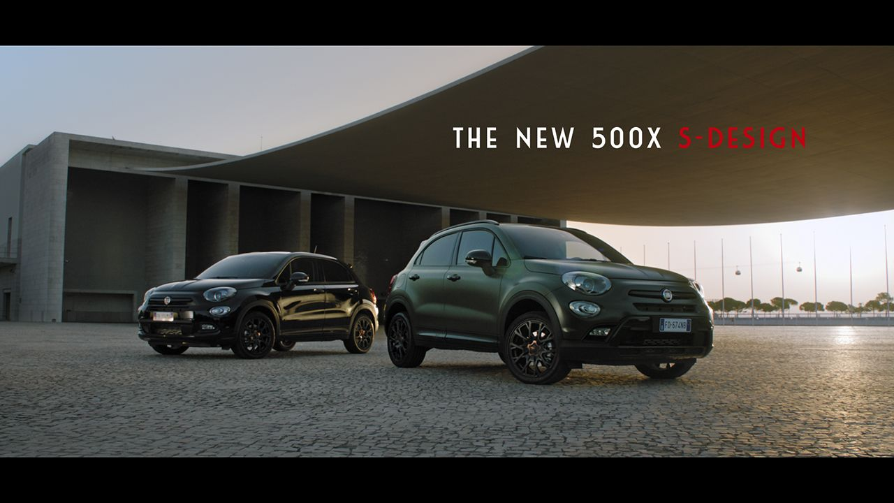spot fiat 500x s design. Black Bedroom Furniture Sets. Home Design Ideas