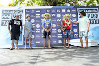12 Prize Giving Billabong Pro Tahiti 2016 foto WSL Kelly Cestari