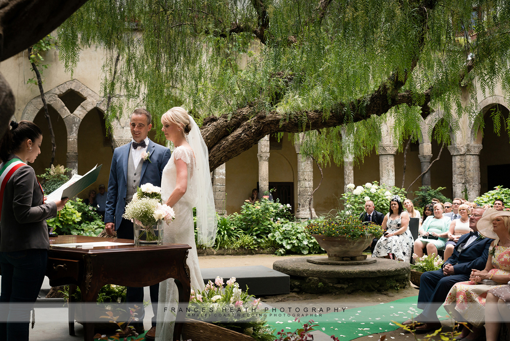 Wedding at San Francesco cloisters