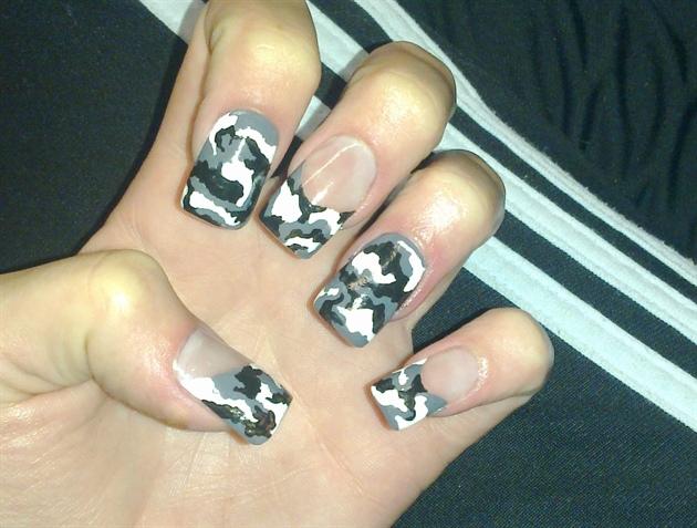 Army Nail Art Army nails!