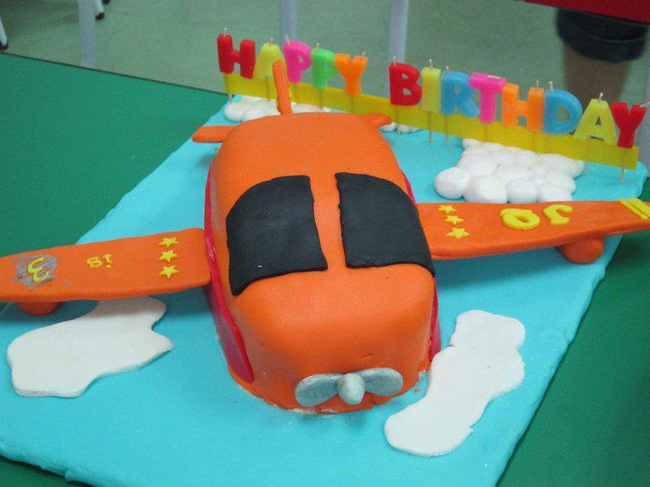 MamaHui Home Made House Kids Birthday Cake