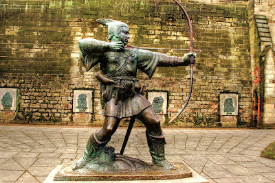 Statue of Robin Hood, near the castle   gate entrance.