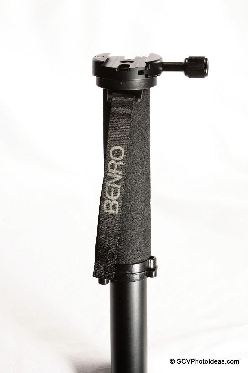 Sunwayfoto DDY-64 Discal QR clamp on Benro MA-96EX monopod