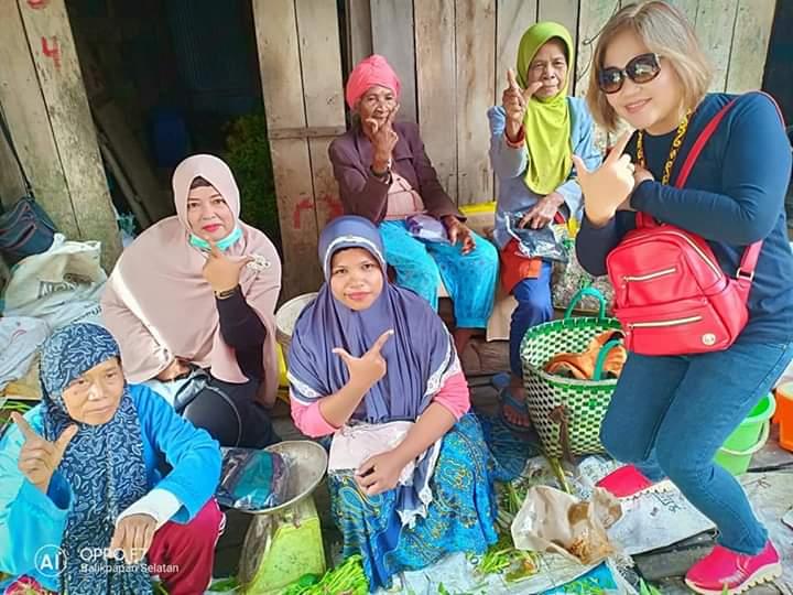 Harapan Emak-Emak Pedagang Pasar Sepinggan Terhadap Pasangan Prabowo-Sandi