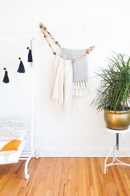 DIY porte-serviette bohème avec des perles