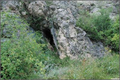 Cueva De La Loca