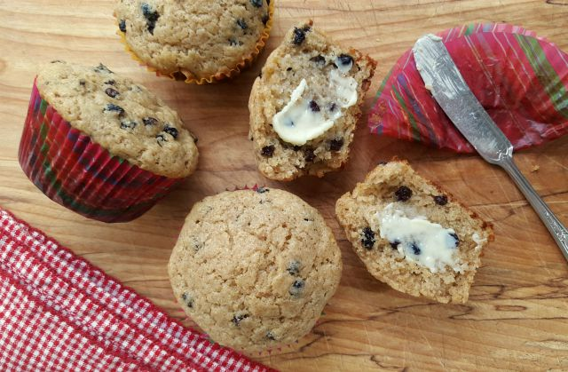 Wheat Germ Muffins with Currants