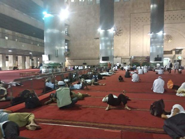 Tandingi Reuni 212, Kajian Islam Ahad di Masjid Istiqlal Tak Diminati Banyak Orang