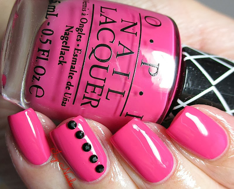 OPI and Gwen Stefani Hey Baby Nail Art notesfrommydressingtable.com