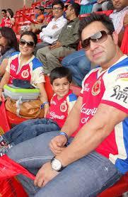 Virat Kohli, Biography, Profile, Age, Biodata, Family , Wife, Son, Daughter, Father, Mother, Children, Marriage Photos.