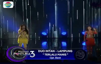 """Duo Intan menyanyikan lagu """"TERLALU MANIS"""""""