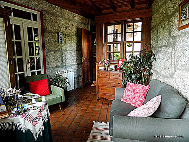 Recepção da hospedaria rural Casa São Faustino de Fridão, em Amarante