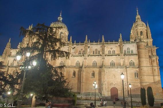 Plaza Anaya de Salamanca de noche