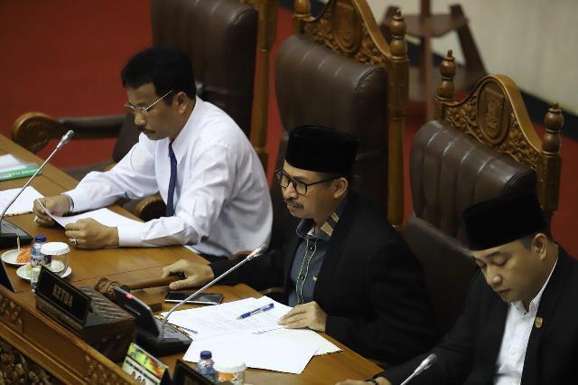 Ini Alasan Wali Kota Batam, Tolak Ranperda PKL Pada Sidang Paripurna di DPRD