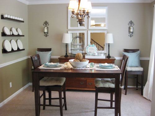 Right Ways to Decorate Small Dining Room Start From Furniture