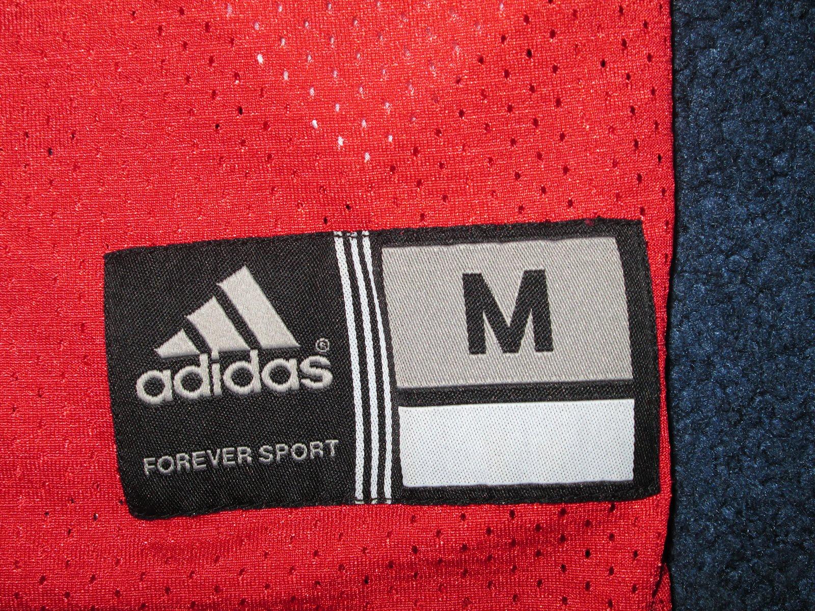 68ece32fb Vintage10916 Store  Wisconsin Adidas  28 Football Jersey