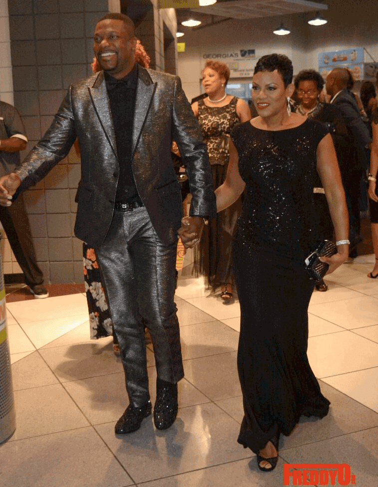 EJIKENNAM.BLOGSPOT.COM: CHRIS TUCKER STEPS OUT WITH HIS ...