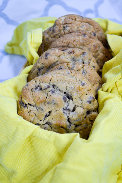 Most Popular Recipe of the Week // Double Tree Hotel's Chocolate Chip Cookies from I Am A Honeybee #SecretRecipeClub #recipe #cookies #chocolate #dessert #DoubleTreeHotel