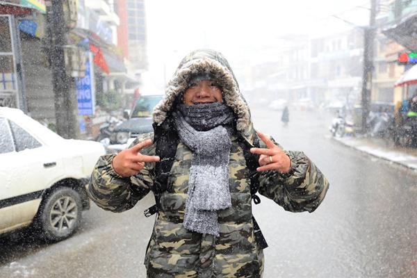 Cùng FPT Tân Hưởng Khoảnh Khắc Tuyết Rơi Ở Vùng Cao 2