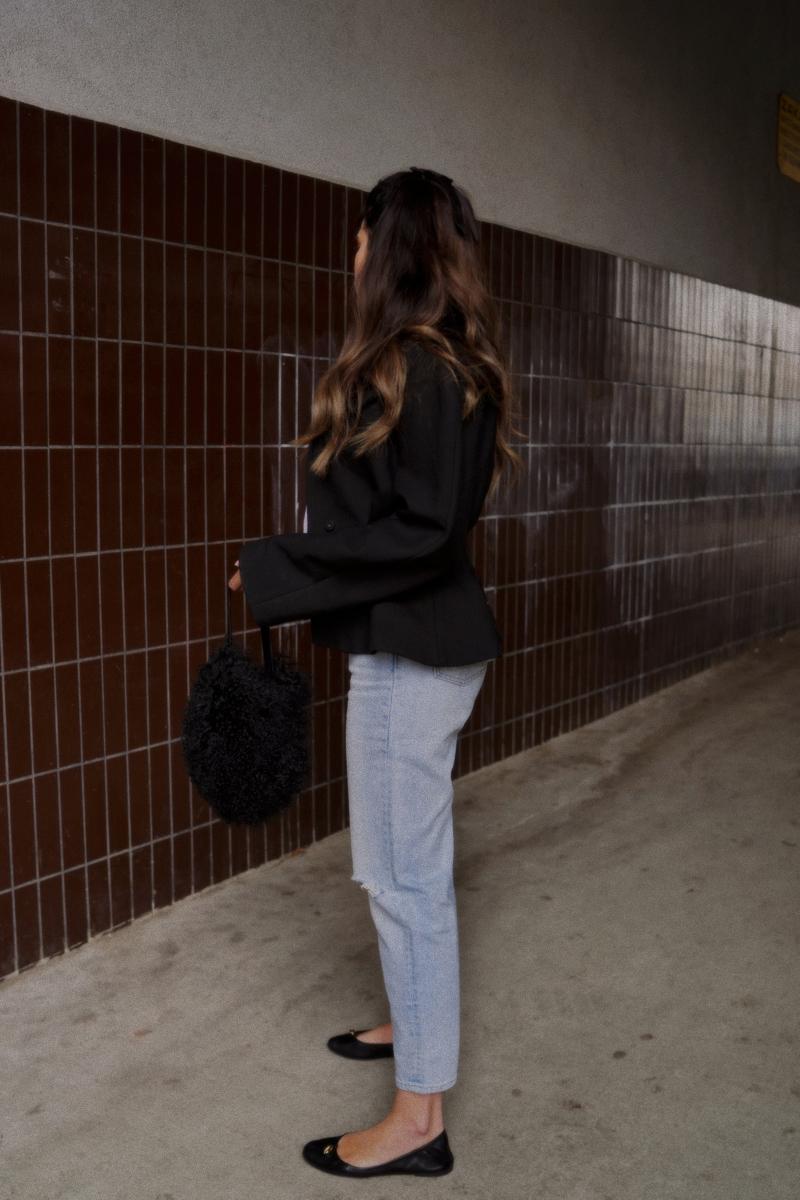 Levi's Mom Jeans, Jacquemus Blazer & llama wool bag