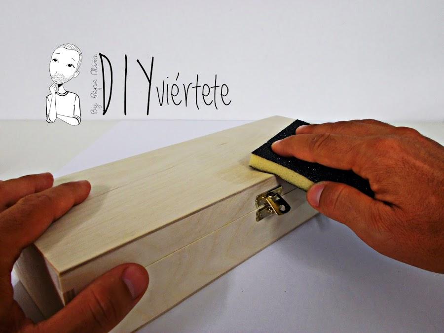 DIY-caja-madera-manualidades-marmoleado-marmolado-pinturas-Opitec-Handbox-mint-colores-vintage-3