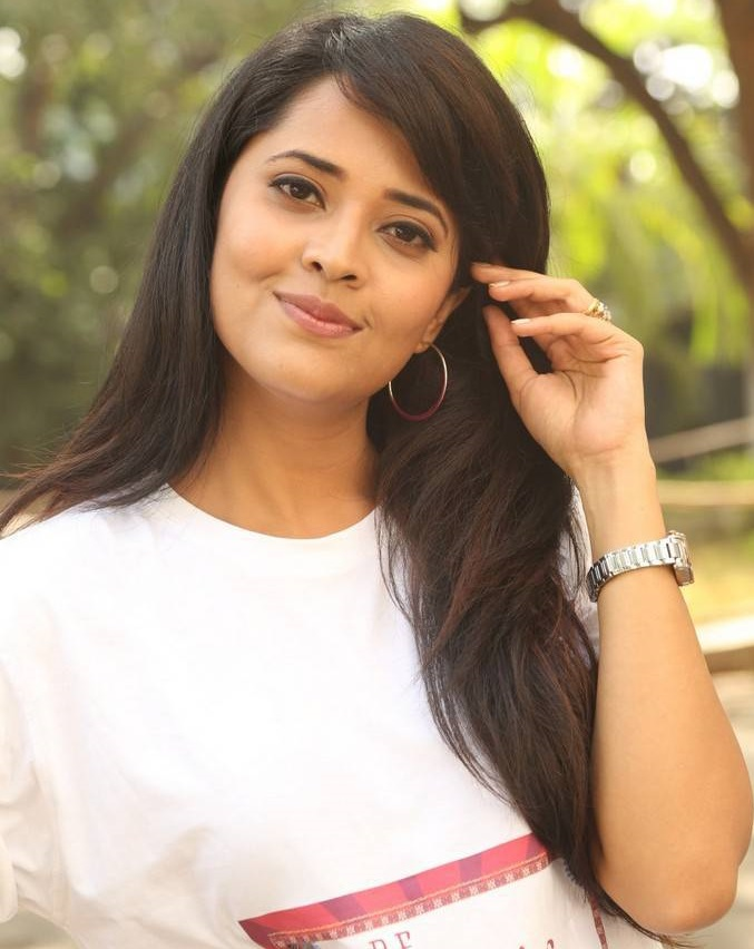 Anchor Anasuya Beautiful Photos In White Dress