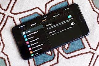 Cara Mengaktifkan Fitur Dark Mode iOS 11