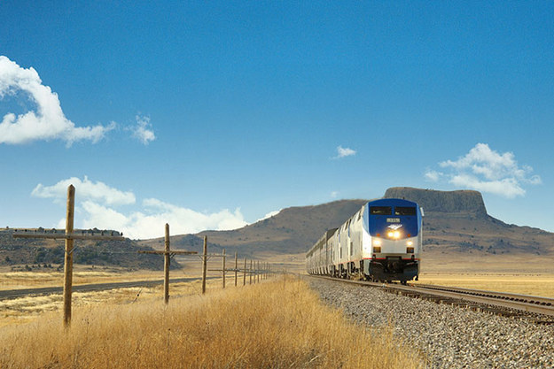 Clearly, trains are an underrated and awesome way to travel the country. - This Guy Saw The US For Under $500, His Photos Will Make You Rethink Your Vacation Plans.