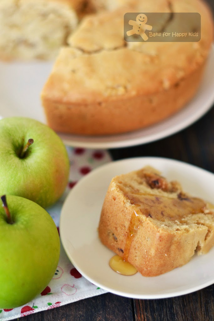 uncle Bob's fresh apple cake Paula Deen