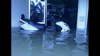 Motor Yamaha Nmax terendam Banjir