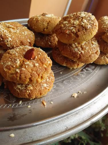 Besan Nankhatais With Cornflakes A Unique Chickpea Flour Gluten Free Cookie Recipe Indian Biscuits