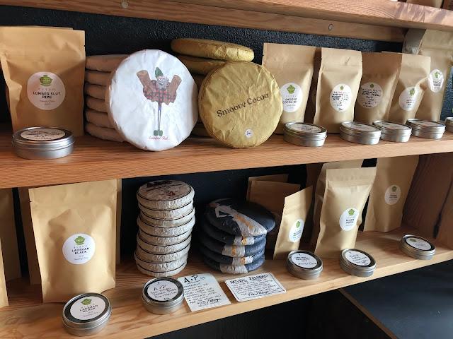 Shopping for loose leaf tea and tea cakes at Macha Tea Co.