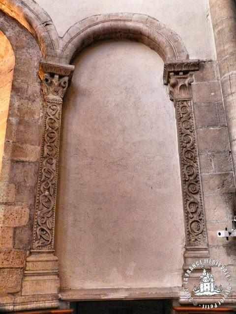 BELLEVILLE (69) - Eglise Notre-Dame (XIIe-XIVe siècles) (Intérieur)