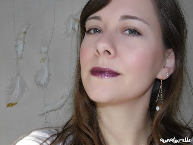 rouge à lèvres métallique portable